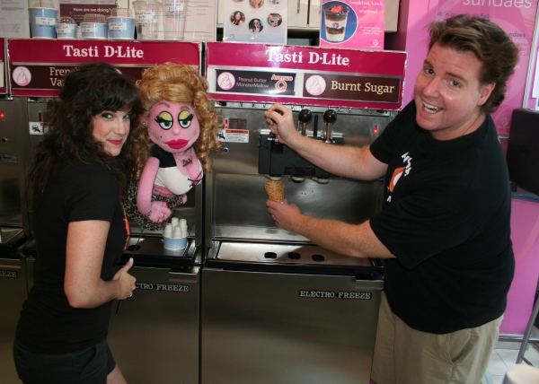 "Photo Flash: AVENUE Q and Tasti D-Lite Offer ""Peanut Butter MonsterMallow"" Saturdays in July"