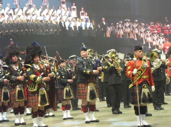 Photo Flash: Peter Karrie Performs at  33rd Annual Royal Nova Scotia International Tattoo