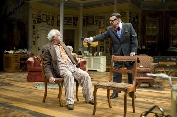 Peter Michael Goetz as Willie Clark and Raye Birk as Al Lewis