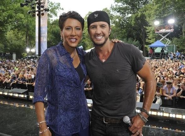 Luke Bryan & Robin Roberts at Country Music Star Luke Bryan Performs on GMA