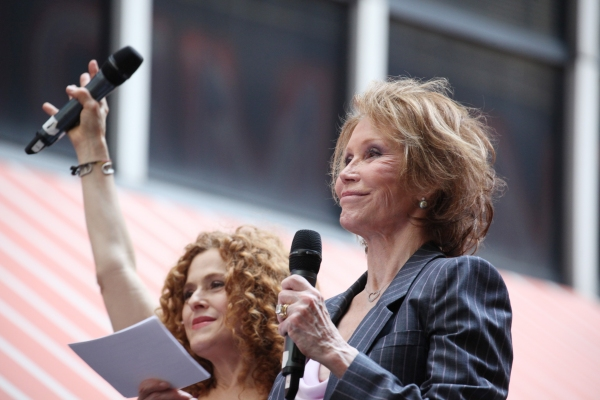 FREEZE FRAME: Bernadette Peters and Mary Tyler Moore at Broadway Barks 14!