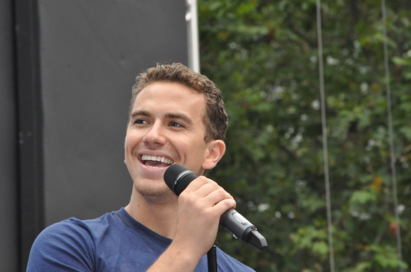 Photo Coverage: WICKED, GHOST, MEMPHIS, and More Perform at Broadway in Bryant Park!