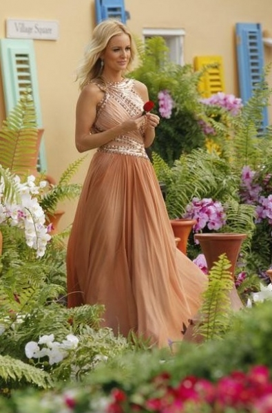 Photo Flash: First Look - Emily Maynard on 'BACHELORETTE' Finale