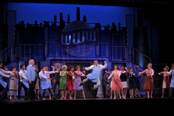 Photos: Sneak Peek at Foothill Music's HOW TO SUCCEED IN BUSINESS WITHOUT REALLY TRYING, Opening Tonight