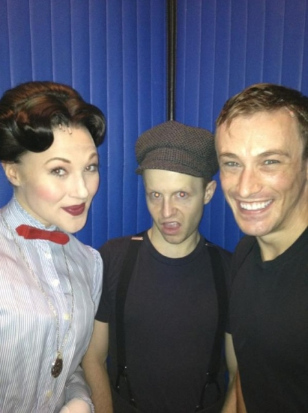MARY POPPINS' Nic Thompson ‏and Company