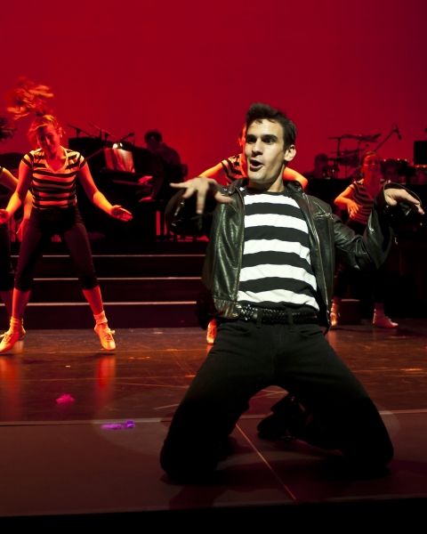 """Adam Biner and the Smokey Joe's Cafe cast heat up the stage with """"Jailhouse Rock""""  Photo"""
