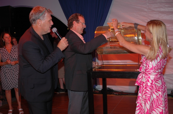 Raffle Winners Murphy Davis, Jay Decker and Tracy Mitchell