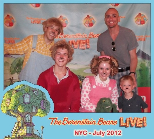 Photo Flash: Hank Azaria and Son Hal Visit BERENSTAIN BEARS LIVE