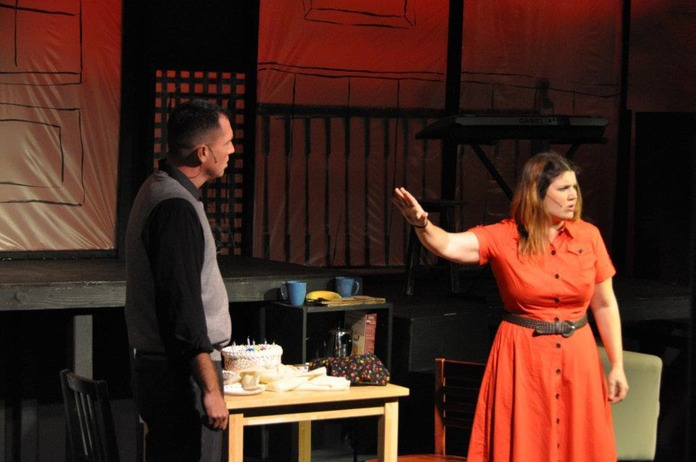 BWW Reviews: The World Spins, Sinks and Soars at CAP's NEXT TO NORMAL